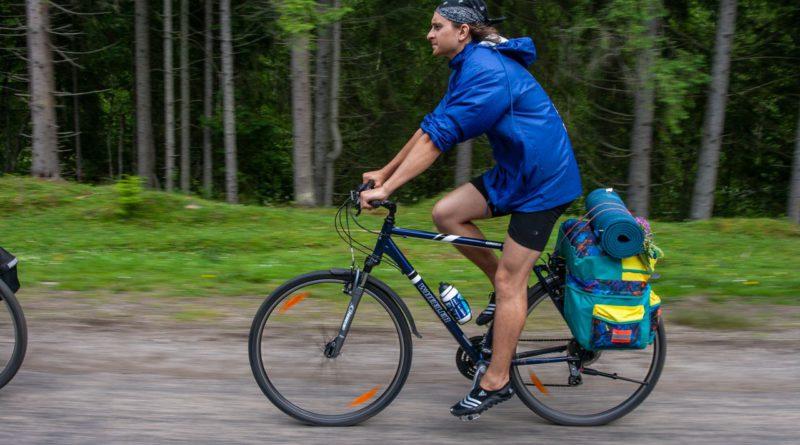 2151 км на велосипеді: Олег Собчук вирушає в велотур по всій Україні