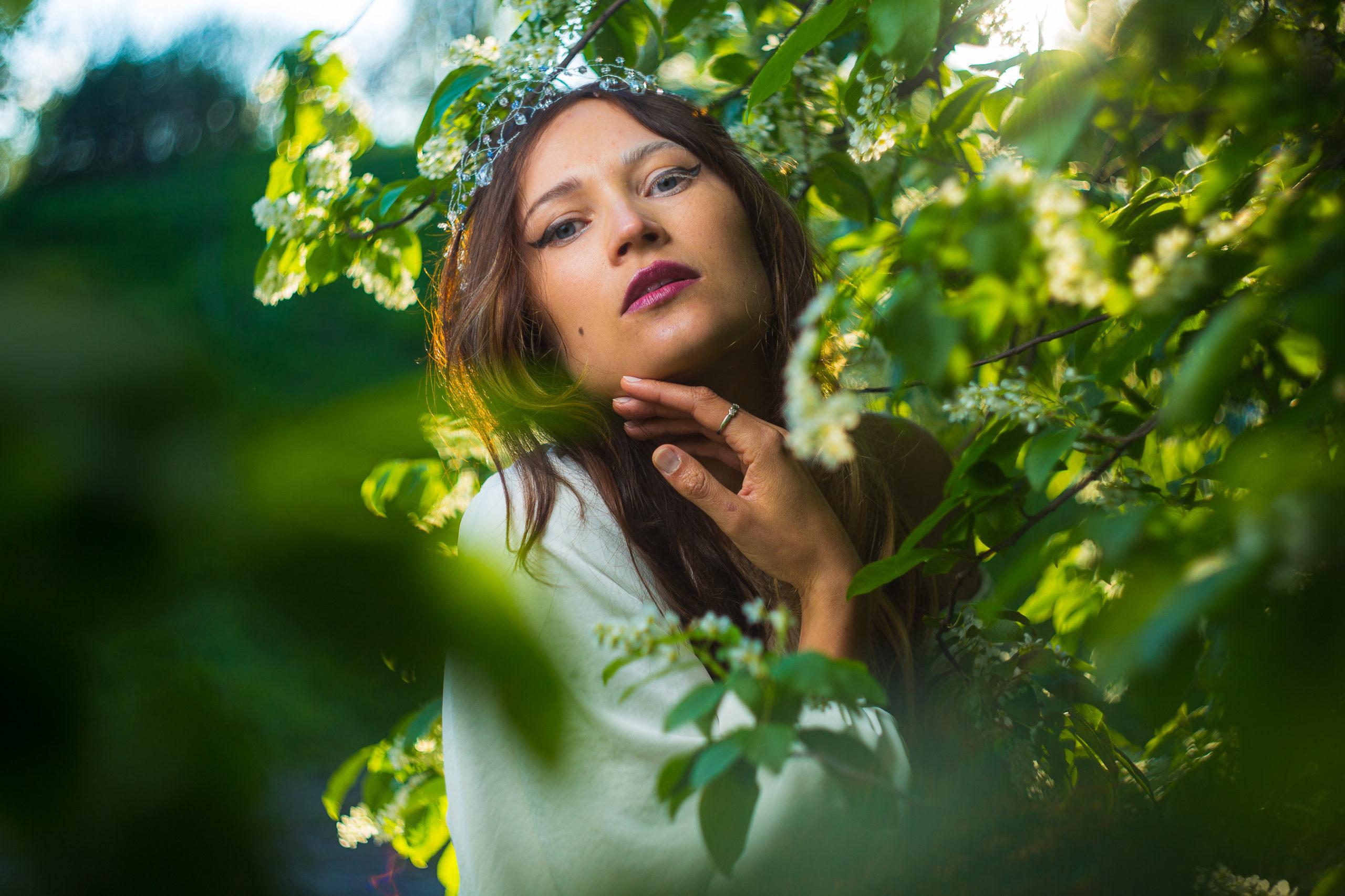 """Український музичний бренд """"SANTA TAKA"""" презентував новий сингл """"Птаха"""". У чому його особливість —розповідаємо у статті."""